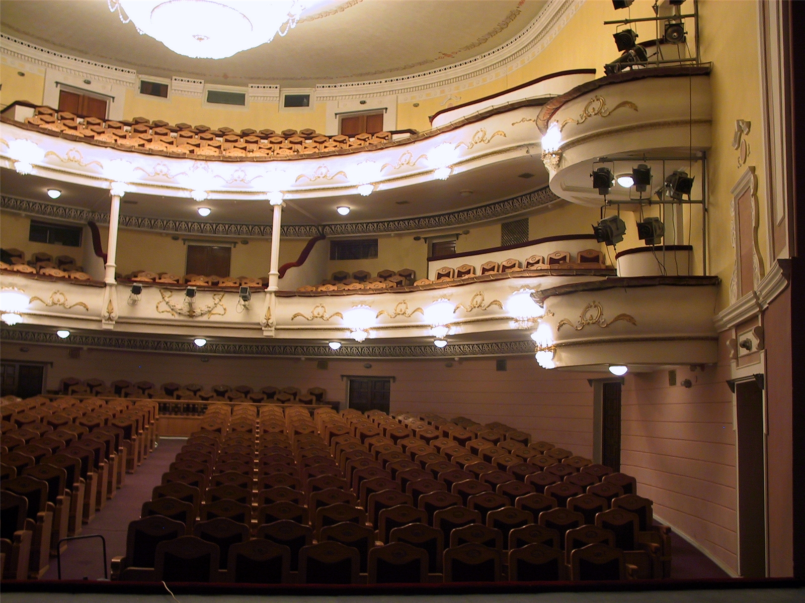 Схема зала бдт основная сцена фото